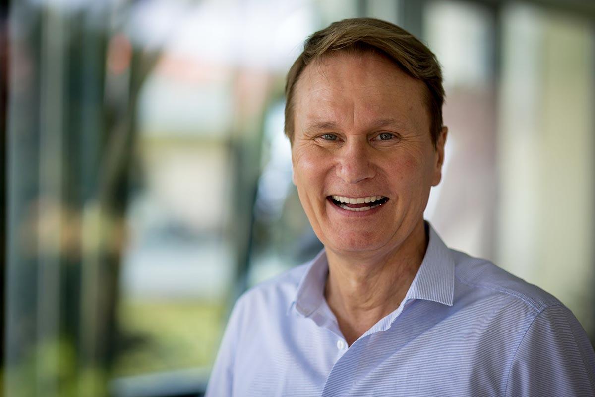 Zahnarzt Hennef - Dr. Andreas Bialluch