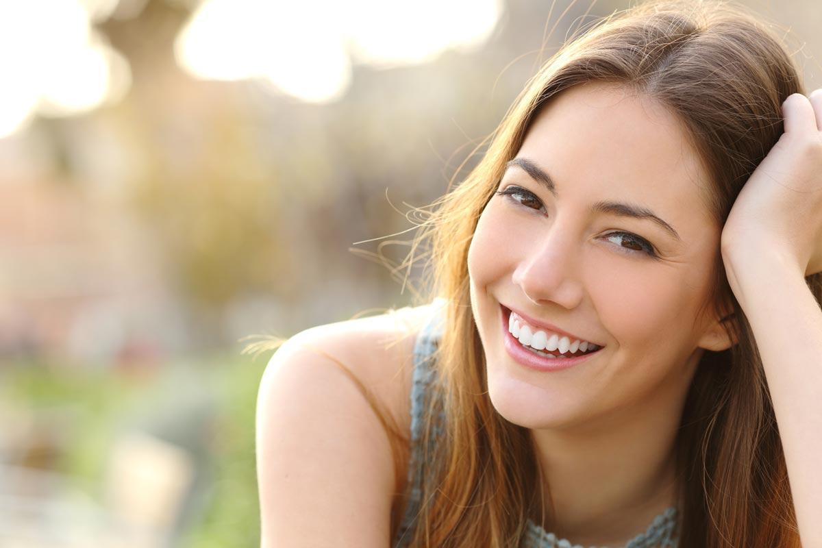 Zahnarzt Hennef - Kunststoffrestaurationen