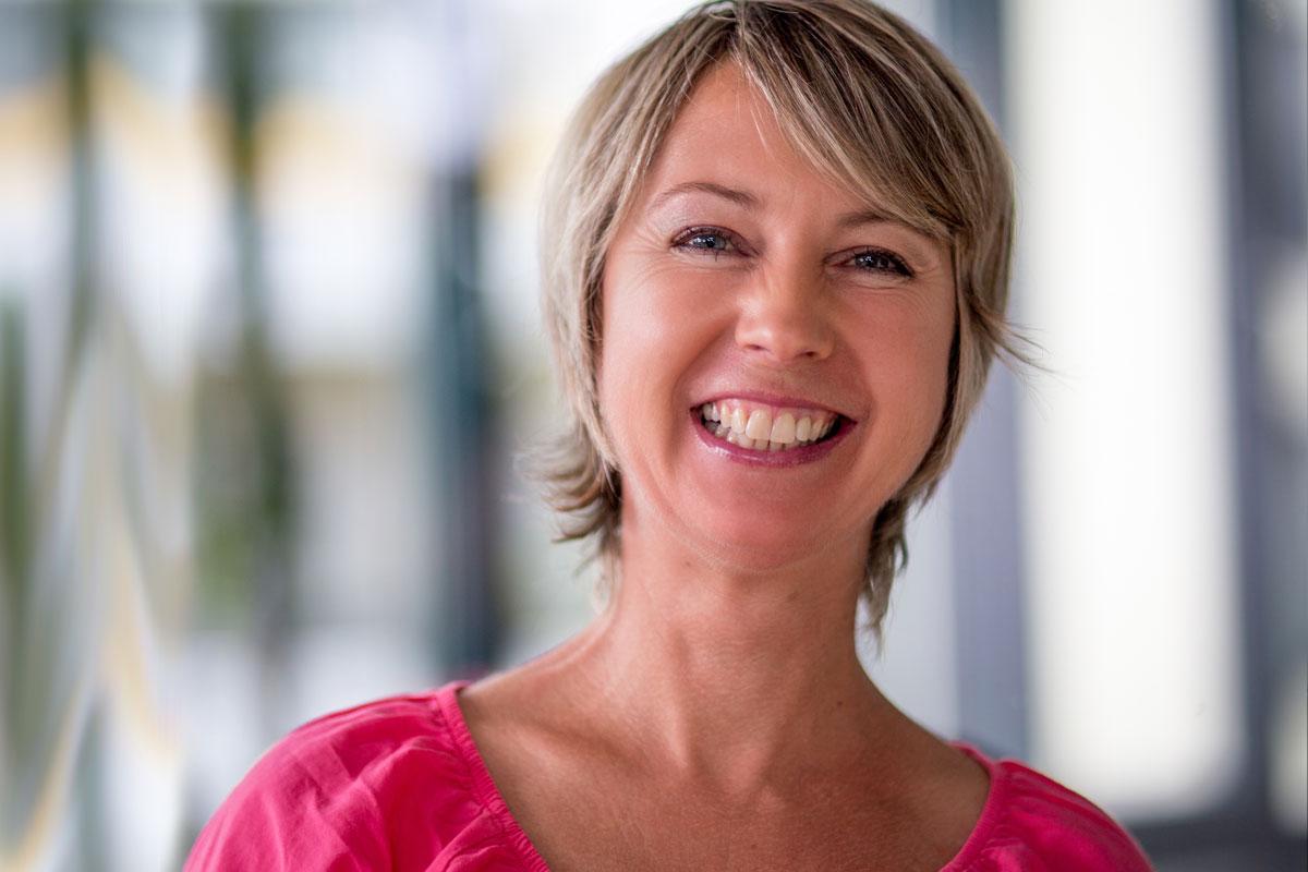 Zahnarzt Hennef - Edith Miebach